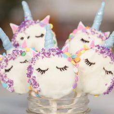 Oreo Unicorn Cookie Pops