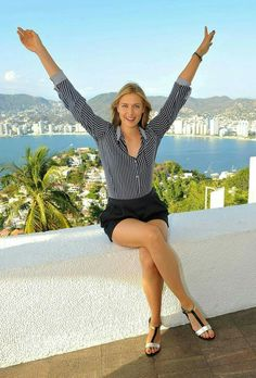 Maria Sharapova Photos - Maria Sharapova enjoys her free time in Acapulco while in town for the Abierto Mexicano Telcel Tennis Tournament on February 2015 in Acapulco, Mexico. - Tennis Star Maria Sharapova Sightseeing In Acapulco, Mexico Maria Sharapova Hot, Sharapova Tennis, Maria Sarapova, Tennis Players Female, Athletic Women, Sport Girl, Beautiful Celebrities, Sports Women, Sexy Legs