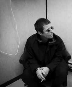 Liam Gallagher Oasis, Beady Eye, It Takes Two, Rock Bands, Manchester, Baby Baby, Beans, Musica, Baby