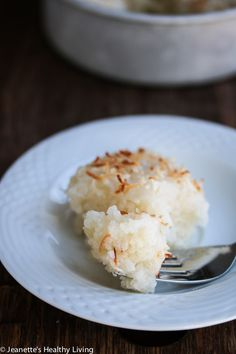 Moms Coconut Sticky Rice Cake - this is a recipe handed down to me by my mom - its like rice pudding and is perfect for celebrating Chinese New Year Coconut Sticky Rice, Sticky Rice Recipes, Coconut Recipes, Asian Recipes, Ethnic Recipes, Chinese Recipes, Chinese Desserts, Asian Desserts, Vietnamese Recipes