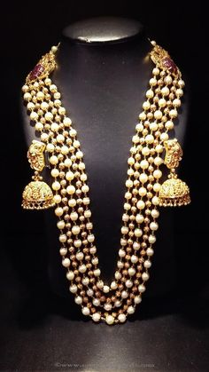 Nakshi Balls and South Sea Pearls Mala - Indian Jewellery Designs Indian Wedding Jewelry, Bridal Jewelry, Gold Jewelry, Gemstone Jewelry, Indian Jewellery Design, Jewellery Designs, Jewelry Patterns, Necklace Designs, Glamour