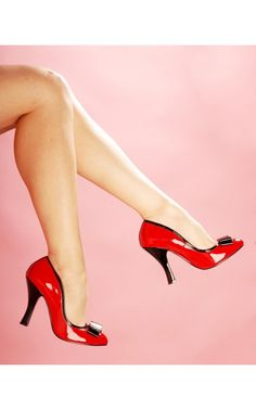Smitten Pump in Red with Black from Pinup Couture Shoes - 1950s Inspired - Collections | Pinup Girl Clothing
