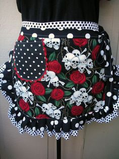 Super cute aprons!! Some creative ideas for mixing and matching fabric patterns on this site.