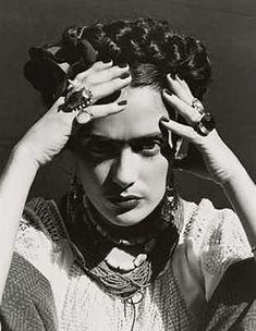 Ruven Afanador – Selma Hayek as Frida Kahlo, 2001