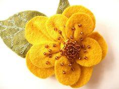 felt beaded flower clip--love the beading