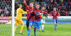 Fotbalisté Plzně vydřeli v závěru tři body v Karviné a jdou do čela ligy