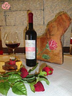 """Ερυθρός Οίνος """"Rodovoli"""", παραγωγής 2012. Red Wine """"Rodovoli"""", production 2012. (***Hotel Rodovoli, Konitsa-Epirus-Greece)"""