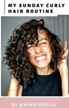 Routine capillaire pour cheveux bouclés avec des produits naturels Beauty Care, Hair Beauty, Curly Hair Routine, Curly Girl Method, Green Life, My Hair, Curly Hair Styles, Dreadlocks, Mi Long