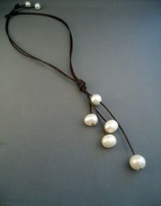 leather and pearls pouring necklace @iseadesings etsy= love the simplicty