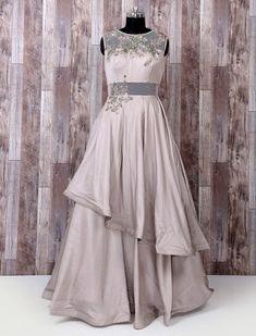 Gown Party Wear, Party Wear Indian Dresses, Designer Party Wear Dresses, Indian Gowns Dresses, Indian Designer Outfits, Designer Gowns, Long Gown Dress, Lehnga Dress, Lehenga Dupatta