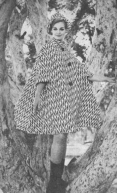 black and white swing coat by Mark Foy 1960s Fashion, Love Fashion, Fashion Art, Vintage Fashion, Fashion Design, Vintage Coat, Retro Vintage, Op Art, Vintage Dresses