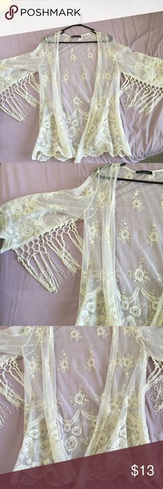 Lace kimono Brand new never worn! This kimono is beautiful and has strings that hang on the arms! Size small but can fit a medium (I am usually a small/medium) Sweaters Cardigans