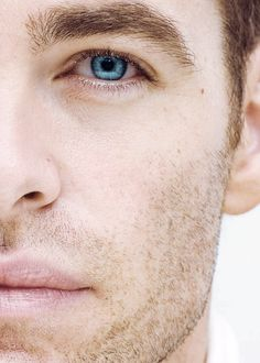The blue of Chris Pine's eyes <3