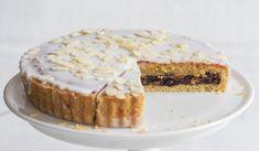 Mandulás pite, rumos - fűszeres aszaltgyümölcsös töltelékkel | Magosbolt.hu Pie, Cakes, Food, Torte, Cake, Cake Makers, Fruit Cakes, Kuchen, Essen