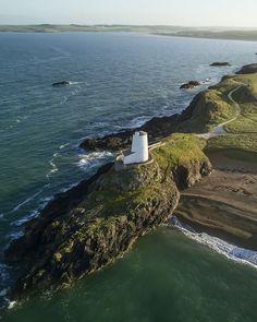 Ynys Llanddwyn, Isle of Anglesey, Wales - Llanddwyn Island is one. Oh The Places You'll Go, Cool Places To Visit, Places To Travel, Anglesey Wales, Virtual Field Trips, Brecon Beacons, Costa Rica Travel, Snowdonia, England And Scotland
