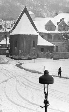 Kostel sv.Jana Křtitele Na prádle (3543), Praha, březen 1965