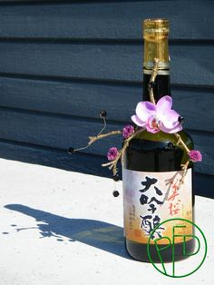 Bottle decoration with oriental theme