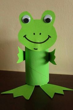 Toilet Paper Roll Crafts - Get creative! These toilet paper roll crafts are a great way to reuse these often forgotten paper products. You can use toilet paper Frog Crafts, Paper Crafts For Kids, Craft Activities For Kids, Preschool Crafts, Diy For Kids, Easy Crafts, Decor Crafts, Craft Ideas, Project Ideas