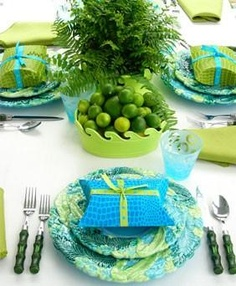 table settings, color combos, green christmas, blue green, color combinations, carolyn roehm, lime, bold colors, tabl set