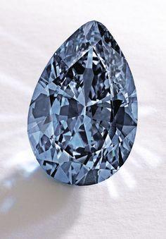 9.75 carat Fancy Vivid blue pear-shaped diamond pendant. Courtesy of Sotheby's. GIA (022515)