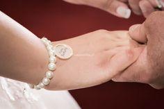 Como acontece com todas as celebrações antigas, também a celebração do casamento tem muitas superstições asssociadas. Se és uma pessoa supersticiosa, vais gostar de ter conhecimento de todas, para não desafiá-las.