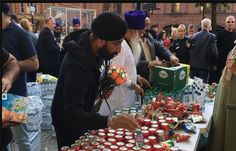 Post the twin attacks in London – the first one in Manchester and then in London Bridge and the Borough Market, witnessed a lot of SIKH hospitability. The Sikh community opening its doors to those caught up in the terror attacks.  The Sikh temples in Manchester, Ramgarhia Sikh Gurdwara Temple, Singh Sabha Gurdwara North East London and Khalsa Centre and the Tooting Gurdwara offered food and shelter to people left stranded by the bombing that struck young music fans as they left an Ariana…