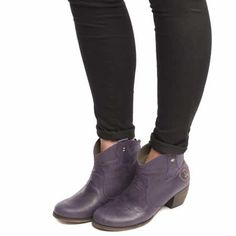 e00a417dd08 7 Best Boots images in 2016 | Shoe boots, Babies fashion, Flat boots