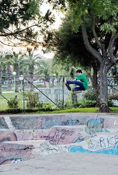 Congratulations to our newest Vans Skate Am Daan Van Der Linden on being named Kingpin Magazine's European Skater of the Year. Pro Skate, Vans Skate, California, Skateboarding, Skateboard, The California, Skateboards