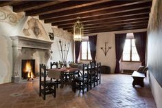 Agriturismo L'Unicorno in Bedizzole Tuscany, Castle, Villa, Italy, Mansions, Home Decor, Haus, Pictures, Manor Houses