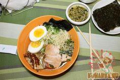 Для любителей азиатской кухни предлагаем приготовить этот интересный азиатский суп Кимчи Рамен. Для его приготовления потребуется несколько больше времени, чем для приготовления классических, знакомых нам супов, но результат непременно вас порадует.
