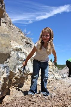 At Richardson's Rock Ranch, north of Madras, beds of the stones draw thousands of visitors every year, from day-trippers with kids to weathered rockhounds.