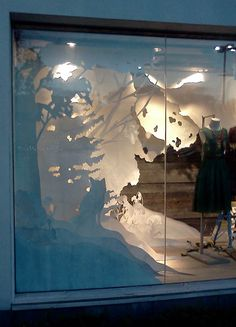 Anthropologie Holiday Display: Windows on RISD Portfolios… Christmas Window Display, Window Display Design, Store Window Displays, Display Windows, Shop Windows, Christmas Displays, Retail Displays, Shop Displays, Anthropologie Display