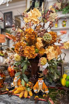 Handcrafted Fall Floral Arrangements by Linly Designs Fall Home Decor, Autumn Home, Fall Floral Arrangements, Autumn Decorating, Decorating Ideas, Fall Table, Thanksgiving Crafts, Creative Decor, Fall Halloween