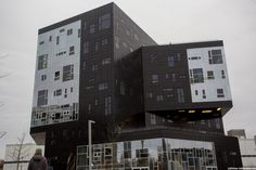 New Vienna Business School by Otmar Lichtenwörther on Rainy Sunday, Business School, Vienna, Spaces