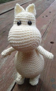 Ravelry: LindaDavie's The Moomin Family Crochet Owls, Cute Crochet, Crochet Animals, Knit Crochet, Amigurumi Doll, Amigurumi Patterns, Knitting Patterns, Crochet Patterns, Single Crochet