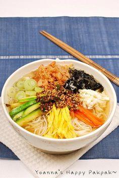 Best Korean Food, Healthy Drinks, Healthy Eating, K Food, Food Design, Food Plating, Japanese Food, No Cook Meals, Bon Appetit