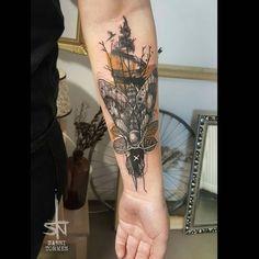 """Sanni TormeN (@sanni_tormen_tattoo) on Instagram: """"#mothtattoo #moth #tattoo #underarmtattoo #abstracttattoo #naturetattoos #sannitormen @4_strelka…"""""""