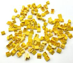 LEGO Lot of 25 Yellow 2x4 Plates