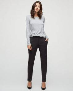 Sleek tapered trousers in a rich wool blend. Smart Casual Work Outfit, Simple Work Outfits, Fall Outfits For Work, Classy Outfits, Trousers Women Outfit, Tapered Trousers, Work Wardrobe, Capsule Wardrobe, Work Wear