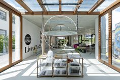 Nishi Gallery by hungerford+edmunds + OCULUS Photography by Nic Bailey