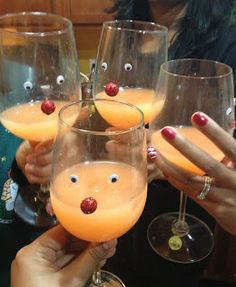 Rudolph's Sunset   Holiday drink. So cute for a Christmas party :)