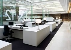 commercial interior, Soft:27 Hard:90 FFE:38, custom workstation, glass