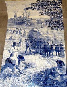 A 15 de Outubro o Dia Mundial da Mulher Rural. A data foi Institucionalizada  pela Organização das Nações Unidas na sua 4ª Conferência Sobre a Mulher, realizada em Pequim, em 1995, com o objectivo de elevar a consciência mundial do papel da mulher rural na sociedade, economia em geral e famílias em particular. A efeméride é assinalada em cerca de 100 países. Painel de Azulejos do pintor, ceramista, ilustrador e caricaturista Jorge Colaço (1868-1942), na Estação da CP de S. Bento, Porto.