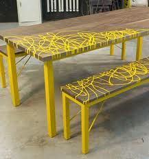 yellow furniture -like the decor idea Cool Furniture, Painted Furniture, Furniture Design, Outdoor Furniture, Outdoor Decor, Painted Picnic Tables, Painted Benches, Backyard Renovations, Ideas Hogar