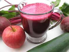 Beetroot juice is naturally sweet in taste with a plethora of health benefits. Drinking beetroot juice can provide you several health benefits including reduced blood pressure. Beetroot Juice Benefits, Juicing Benefits, Health Benefits, Juicer Recipes, Smoothie Recipes, Natural Cures, Natural Health, Natural Treatments, Healthy Drinks