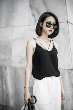 check out these 13 mesmerizing spring hairstyles for short hair. 12 Mesmerizing Spring Hairstyles for Short Hair 2018 to try in the spring. Bob Haircuts For Women, Thin Hair Haircuts, Girl Haircuts, Thin Hair Styles For Women, Medium Hair Styles, Spring Hairstyles, Bob Hairstyles, Asian Short Hairstyles, Girl Short Hair