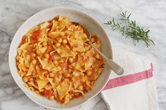 Pasta with chickpeas and tomato sauce is the way Italians do comfort food. http://food52.com/recipes/25865-pasta-e-ceci-pasta-with-chickpeas #Food52