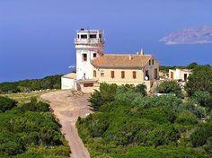 Calenzana - Semaphore Capo Cavallo Corse Corsica, Lighthouses, All Over The World, French, Mansions, House Styles, Mediterranean Sea, Landscape, World