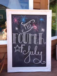 Happy 4th of July Chalkboard from everydayshouldsparkle.com