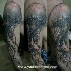 #tattoojelyfish #jelyfishtattoo #blackgrey www.yantinotattoo.com
